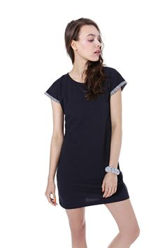 Basic jersy dress, spring/summer 2014 collection. #basic #kamilagronner #bonbonjewelery Summer 2014, Spring Summer, Sports Luxe, Shirt Dress, Lifestyle, Clothes For Women, Model, How To Make, Shirts