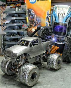 Monster truck metal art cold hard art
