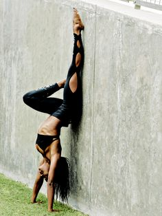 UOGoals: No need for a gym, the world is your playground! UO Goals: Get Moving with Tiffany Lighty