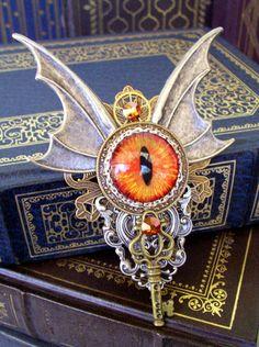 Steampunk Brooch (P314) - Pin or Pendant - Dragon Eye - Large Wings - Swarovski Crystals