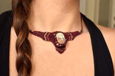 macrame necklace • stone • bordeaux • ethnic