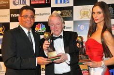Oman's Leading Spa Resort 2012: Six Senses Zighy Bay, Mr Axel Jarosch, General Manager with Mr Graham Cooke, President & Founder of World Travel Awards