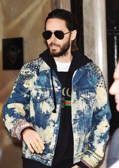 Jared Leto leaving his hotel in London (August 4th, 2016)