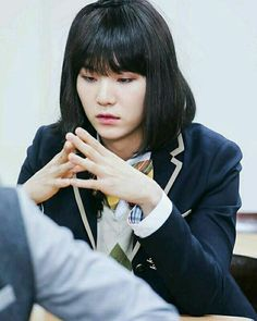 Jimin mengupload foto pacarnya di Twitter dan Yoongi tidak tahu sehin… #romance # Romance # amreading # books # wattpad