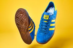 One of the most popular adidas Original colourways - Stockholms Vintage Sneakers, Retro Shoes, Vintage Shoes, Adidas Classic Shoes, Adidas Shoes, Adidas Retro, Vintage Adidas, Vintage Tracksuit, Adidas Spezial
