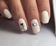 Semi-permanent varnish, false nails, patches: which manicure to choose? - My Nails Spring Nail Art, Spring Nails, Winter Nails, Love Nails, My Nails, Ongles Beiges, Faux Ongles Gel, Nagellack Design, Heart Nails