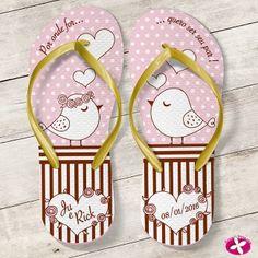Chinelo Personalizado para casamento - passarinhos românticos. www.rosapittanga.com.br