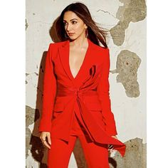 Hot Actresses, Indian Actresses, Celebrity Dresses, Celebrity Style, Red Pantsuit, Kiara Advani Hot, Straight Cut Pants, Indian Bollywood Actress, Bollywood Masala