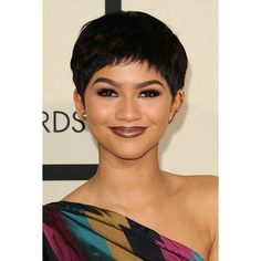 """""""{UPDATE} Zendaya at the 57th Annual GRAMMY Awards in LA 2/8/15 @Zendaya #Zendaya #grammyawards"""""""