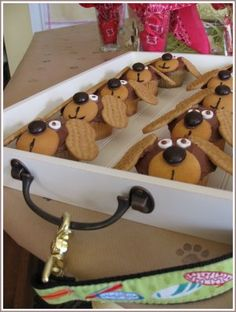 Puppy Pound Cupcakes (Pupcakes) @Jennifer Hallum Gilbreath Heidi could really have a PUPcake...
