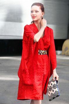 Outfit: vintage kimono  Similar items:  Kimono: Jean-Paul Lespagnard Kimono Coat, $1,165; farfetch.com  Clutch: Cynthia Vincent Printed Canvas Pouch, $70; neimanmarcus.com  Cole Haan Izzie Clutch, $198; zappos.com