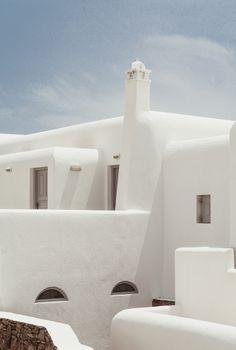 San Giorgio Hotel Mykonos on Behance Minimalist Architecture, Minimalist Interior, Interior Architecture, Mykonos Greece Hotels, Santorini, San Giorgio Mykonos, Bed And Breakfast, Ibiza, Casa Cook