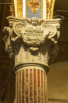 Annunziata del Vastato, Genova (Genoa, Italy) the Renaissance and Baroque periods re-invented the Classical orders to make composite capitals.