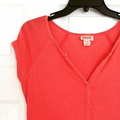 Orange Basic Tee Orange basic tee from Target. Gently worn but still in great condition Mossimo Supply Co. Tops Tees - Short Sleeve