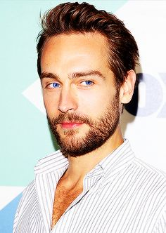 Tom Mison (from Sleepy Hollow) Can we all just take a moment and be thankful that he exists? Look at those BLUE eyes!! Dreamy!!