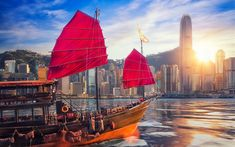 Download wallpapers Hong Kong, One Island East, Victoria Harbour, Chinese ship, sunrise, red sails, skyscrapers, China