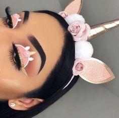Creative makeup🍃🌺 Yes or no? Unique Makeup, Creative Makeup Looks, Colorful Eye Makeup, Coral Eye Makeup, Natural Makeup, Disney Eye Makeup, Eye Makeup Art, Clown Makeup, Fairy Makeup