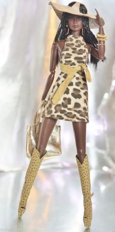 Dollsalive fashion royalty,fr, barbie outfit Tiger's eye, leather boots, bag