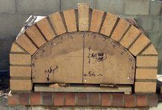 Construction du Four à pain/pizza - Mon four à pain en briques réfractaires Churros, Barbecue Four A Pizza, Fire Pit Heater, Pain Pizza, Construction, Recycling, Impression 3d, Ovens, Wood Burning