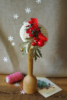 Hütchen Fascinator Hütchen headpiece Haarschmuck Weihnachten Christmas Headpiece, Christmas Hair, Christmas Fashion, Christmas Crafts, Christmas Decorations, Xmas, Holiday Decor, Vintage Headpiece, Occasion Hats