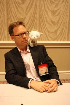 Garth Nix - author of Sabriel...with Mogget XD