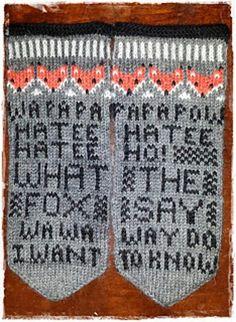 http://www.loveknitting.com/de/fox-mittens-what-the-fox-say-knitting-pattern-by-joan