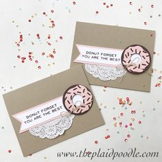 May 2017 pape pumpkin alternative - adding paper doily and paper punch donut