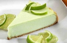 Cheesecake Factory Copycat Key Lime Cheesecake This is a fabulous copycat recipe for The Cheesecake Factory's Key Lime Cheesecake Cheesecake Factory Key Lime Cheesecake Recipe, How To Make Cheesecake, Cheesecake Recipes, Dessert Recipes, Apple Cheesecake, Strawberry Cheesecake, Just Desserts, Delicious Desserts, Yummy Food