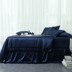 19 Momme Seamless Silk Sheets Set Silk Sheets, Flat Sheets, Blue Duvet, Silk Bedding, Luxury Bedding Sets, Mulberry Silk, White Silk, Duvet Cover Sets, Sheet Sets