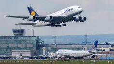 Bodenpersonal muss nicht mehr streiken: Lufthansa und Verdi einigen sich auf Tarifvertrag http://www.bild.de/geld/wirtschaft/lufthansa/einigung-zwischen-lufthansa-und-verdi-43588588.bild.html