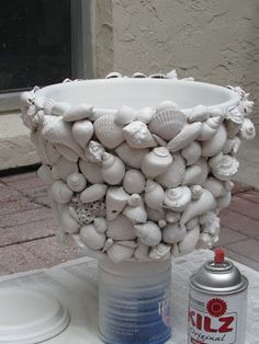 Things Created By Me: Seashell Planter Seashell Art, Seashell Crafts, Sea Crafts, Diy And Crafts, Deco Surf, Seashell Projects, Driftwood Projects, Driftwood Art, Oyster Shell Crafts