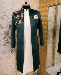 Mens Indian Wear, Mens Ethnic Wear, Indian Men Fashion, Mens Fashion Suits, India Fashion Men, Sherwani For Men Wedding, Wedding Dresses Men Indian, Wedding Dress Men, Sherwani Groom