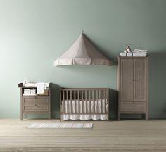 SUNDVIK babybedje, commode/ladekast en garderobekast | #IKEAcatalogus #nieuw…