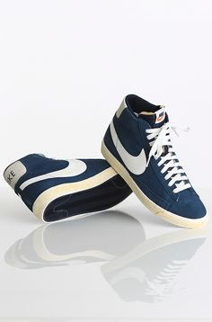 Nike Blazer High Premium Retro kengät Obsidian/White 79,90 € www.dropinmarket.com