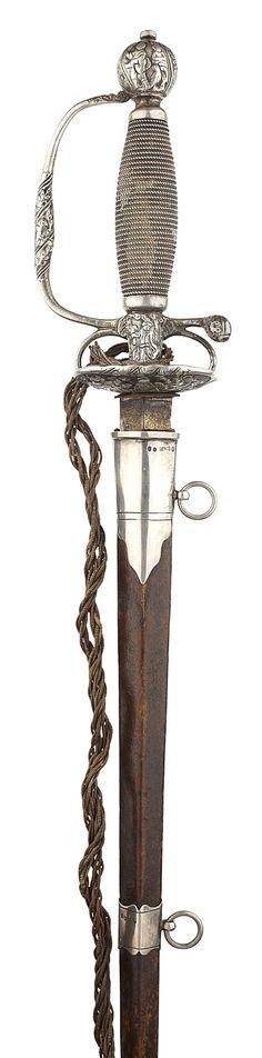 MEDIEVAL FANTASY RENAISSANCE CELTIC TRISKEL Dagger Sword Axe FROG HOLDER LARP