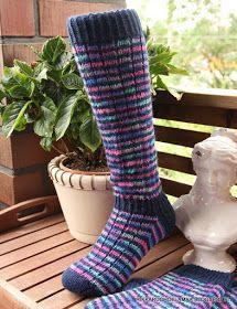 Wool Socks, Knitting Socks, Kissa, Clothes, Socks, Knit Socks, Outfits, Woolen Socks, Clothing