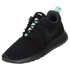Women\u0026#39;s Nike Roshe Run Casual Shoes