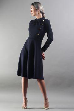 Elegant Dresses, Everyday Fashion, Street Wear, Cold Shoulder Dress, City, Stylish Dresses, Dress Up Clothes, Streetwear, Cities