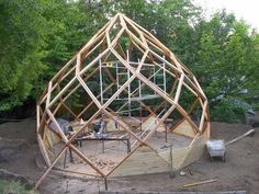 Beam Structure, Bamboo Structure, Foam Dome, Geodesic Dome Homes, Geodesic Dome Greenhouse, Garden Design, House Design, Dome House, Greenhouse Plans