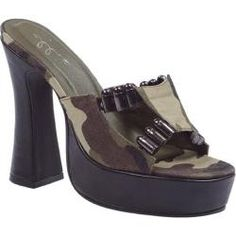 @Overstock - The Army sandals is a slip-on slide featuring camo fabric and faux bullet decor. Get ready for battle with great looks and style.http://www.overstock.com/Clothing-Shoes/Womens-Ellie-Army-557-Camo/7487969/product.html?CID=214117 $65.95