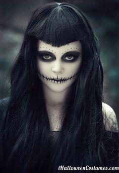 Halloween Makeup For Women – 60 Creepy Makeup Ideas Loading. Halloween Makeup For Women – 60 Creepy Makeup Ideas Halloween Zombie, Diy Halloween Face Paint, Zombie Make Up, Creepy Halloween Makeup, Creepy Makeup, Looks Halloween, Witch Makeup, Halloween Party, Dead Makeup