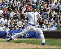 Kerry Wood of the Chicago Cubs strikes out the last batter for a no-hitter. Great game!!!