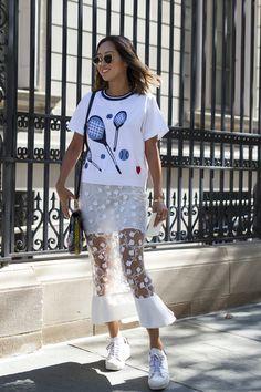 A semana de moda de Nova York, como todas as fashion weeks, inspira looks dos mais variados, muitos caprichados na montação.