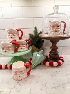 Southern Christmas, Merry Little Christmas, Retro Christmas, Santa Christmas, Best Christmas Gifts, Winter Christmas, Christmas Stuff, Christmas Ideas, Christmas Booth