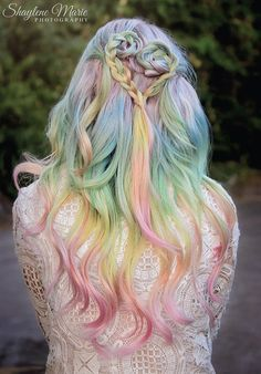 Sexy & Expressive Opal Hair Color For Every Occasion - EcstasyCoffee Pastel Rainbow Hair, Multicolored Hair, Pastel Hair, Colorful Hair, Purple Hair, Pastel Pink, Pastel Colors, Top Hairstyles, Pretty Hairstyles