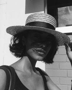 "Polubienia: 3,926, komentarze: 27 – Lack of Color Hats (@lackofcoloraus) na Instagramie: ""The Spencer Boater 🐾 @trishnarawr"""