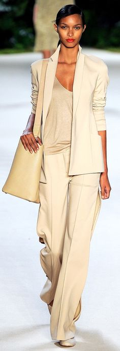 Akris S/S 2013. monochromatic and loose.