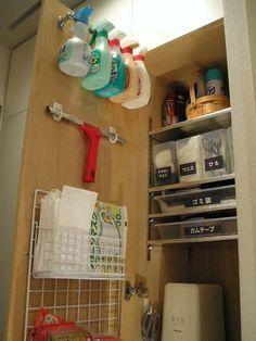 メンテナンス収納庫・・・扉の裏編   DIY・ハンドメイド・収納…暮らしなモノづくり