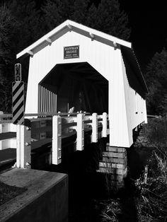 Hoffman Covered Bridge Linn County Oregon