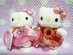 """*Special Birthday HELLO KITTY Sanrio JAPAN Original Small Plush Charm 2001 NEW* Red & Pink! / 5.1"""" (13cm) in height 29.99-38.99 for each (5/5.50/6.50)"""